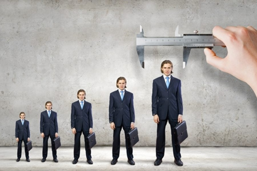 Why and how your startup should hire a professional CEO