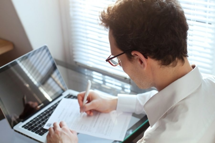 How to survive the six-second resume review