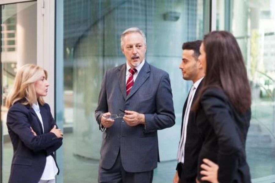 4 ways to retain executive talent